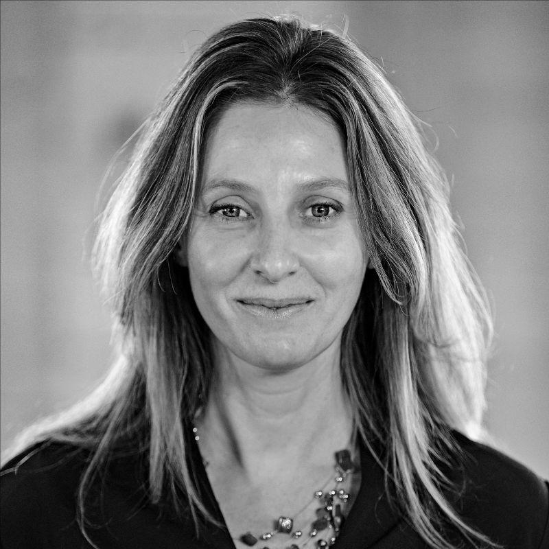 Stephanie van Es  Associate